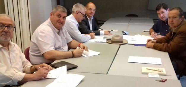 UGT firma el convenio colectivo de fincas urbanas