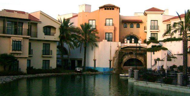 La plantilla de Claro Sol convoca huelga en los hoteles de Portaventura para los días 28 y 29 de abril