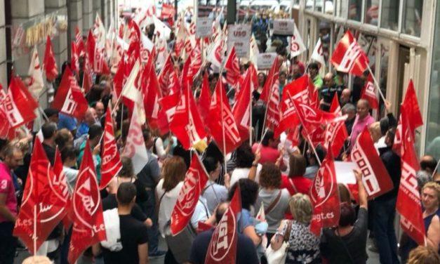 Los sindicatos convocan huelga general indefinida en el sector de la limpieza de Cantabria a partir del 1 de agosto