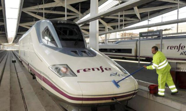 FeSMC-UGT estudia las condiciones de seguridad y salud laboral en el sector de limpieza de trenes y talleres ferroviarios