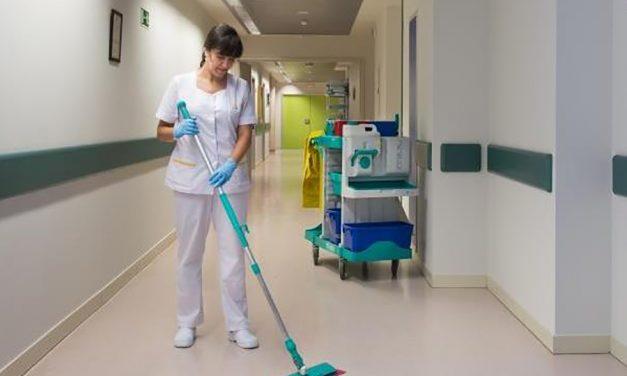 UGT consigue que los trabajadores de la limpieza del Hospital de Guadalajara no tengan que recuperar jornada después de una baja
